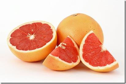 800px-Citrus_paradisi_(Grapefruit,_pink)-2