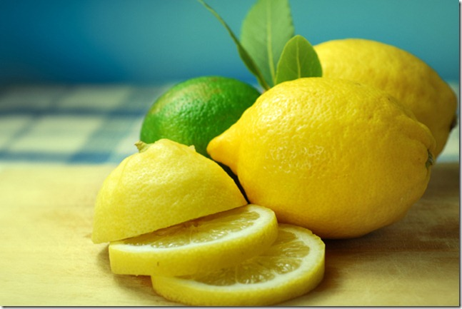 meyerlemon thumb Health Tips: Uses Of Lemon