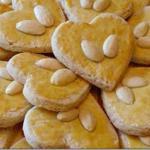 almond heart biscuits