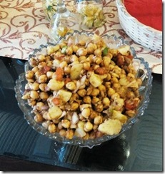 aloo-channa-chaat-1